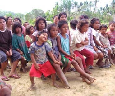 Mangyan-children-2007